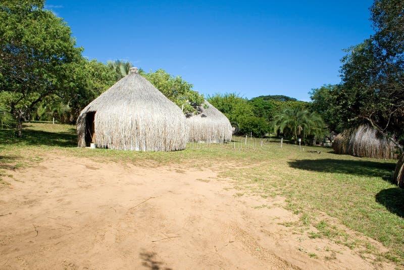 Hutten in Mozambique stock afbeelding