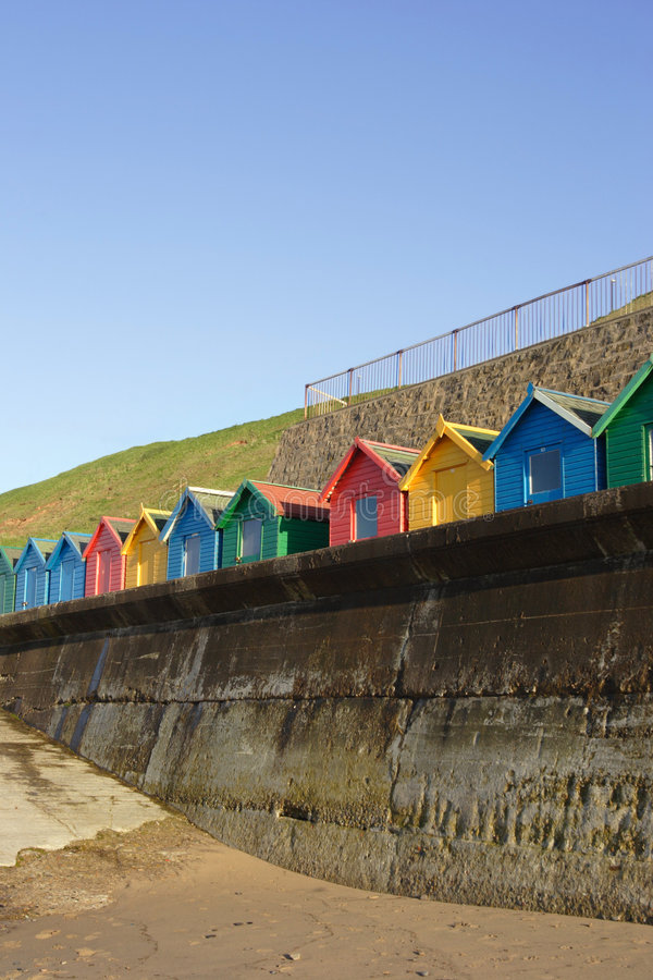 Huttes de plage, Whitby, R-U photo libre de droits