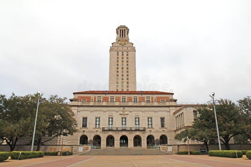 Huvudbyggnad på Texasuniversitetet på den Austin universitetsområdet royaltyfria foton