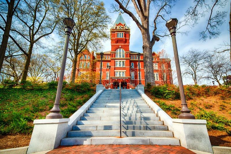 Huvudsaklig administrationsbyggnad på Georgia Tech royaltyfri bild