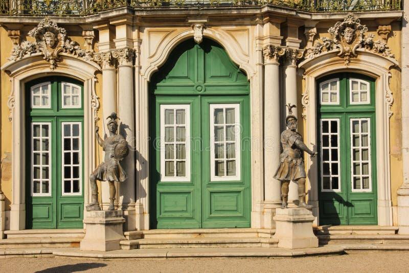 Huvudsaklig ingång. Medborgare Palace.Queluz.Portugal royaltyfria foton