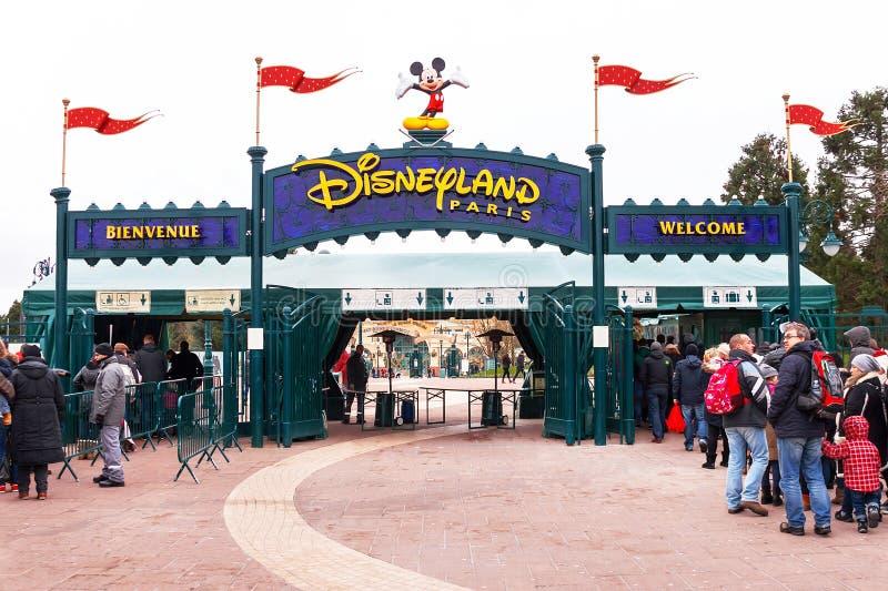Huvudsaklig ingång till Disneylanden Paris france Europa fotografering för bildbyråer