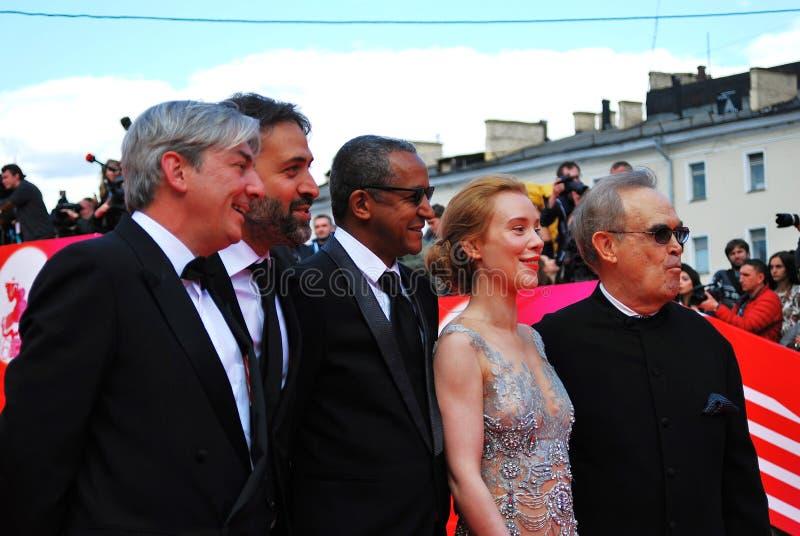 Huvudsaklig konkurrensjury av XXXVI MoskvaInternationalfilmfestivalen royaltyfri foto