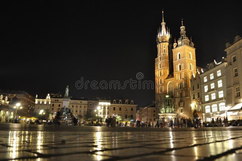 Huvudsaklig marknadsfyrkant, Krakow, Polen fotografering för bildbyråer