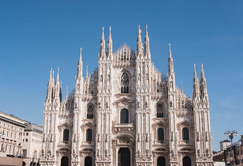 Huvudsaklig sida av Milan Cathedral royaltyfri bild