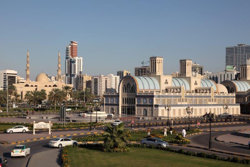 Huvudsaklig Souq byggnad i den Sharjah staden royaltyfri fotografi