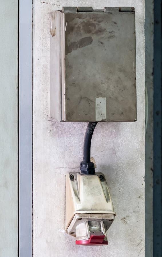 Huvudsakligt elektriskt uttag royaltyfri foto