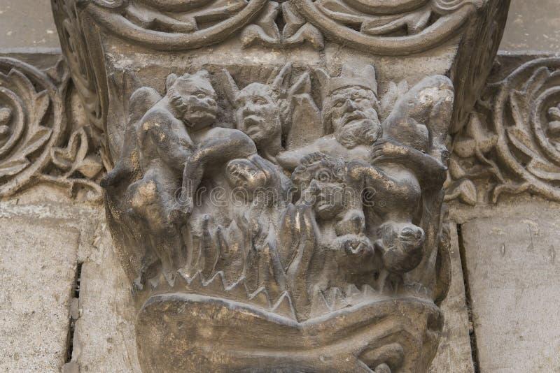 Huvudstad på Pilar Church Chatellerault royaltyfri bild
