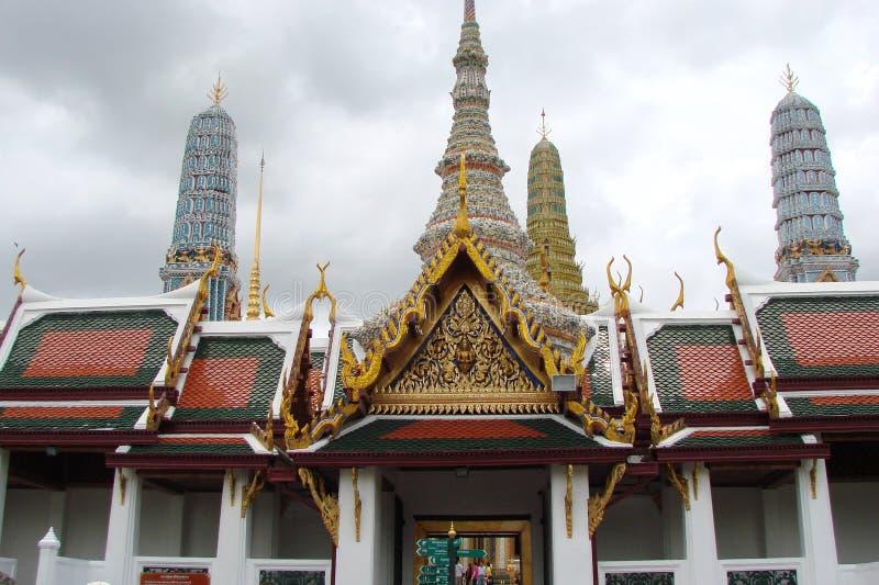 Huvudstaden av Thailand är staden av Bangkok Skönhet och storhet av den kungliga slotten arkivbild