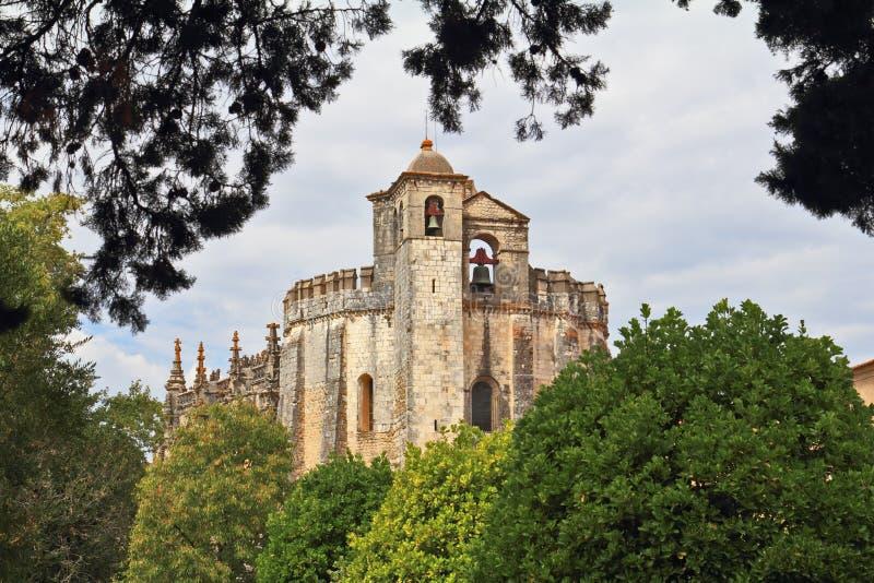 huvudtemplar klosterportal fotografering för bildbyråer