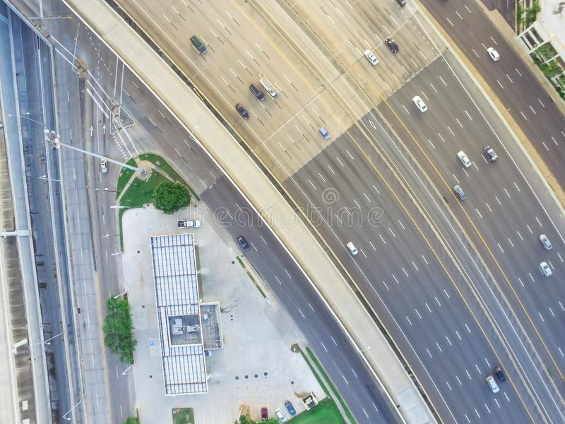 Huvudväg för asfalt för bästa sikt högstämd arkivbilder