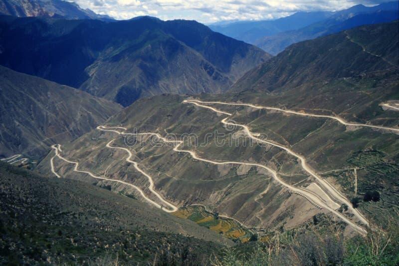huvudväg sichuan tibet arkivfoton