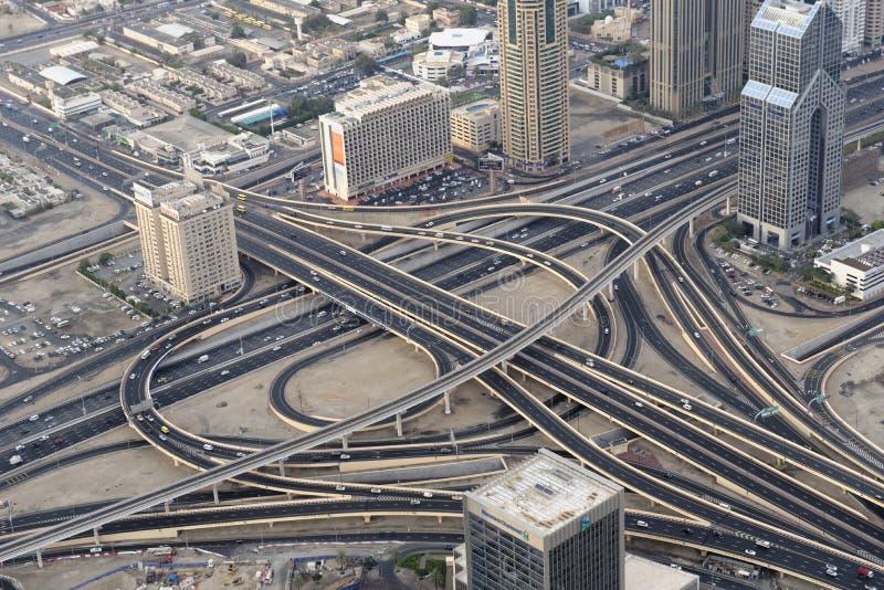 Huvudvägar av Dubai royaltyfria foton