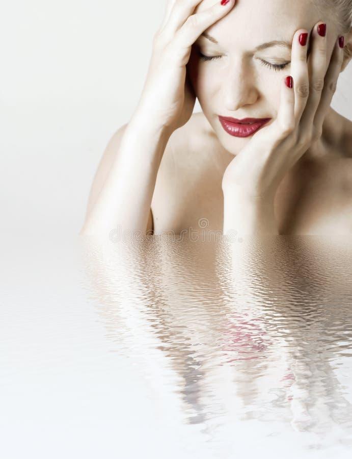 huvudvärkkvinna royaltyfri foto