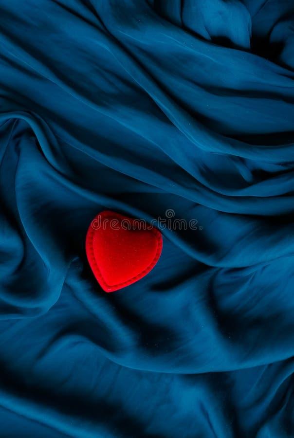 huw me, verlovingsringdoos - de dag van de gelukkige valentijnskaart, gift voor haar, vakantieachtergrond, juwelen en toebehoren  stock afbeelding