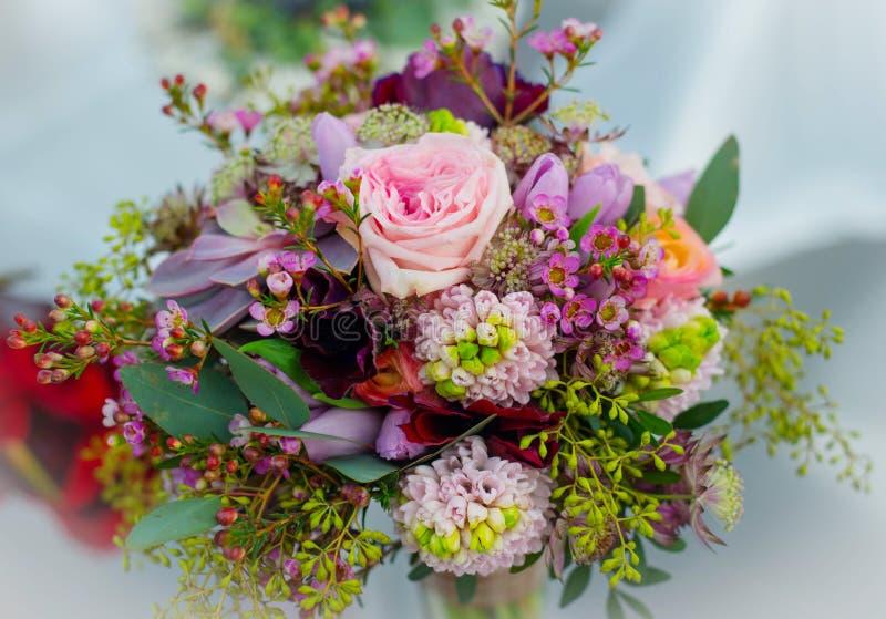 Huwelijksboeket voor de bruid stock afbeelding