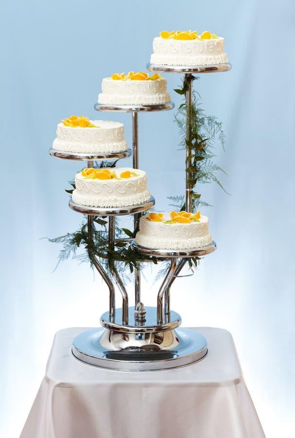 Huwelijkscake met meerdere verdiepingen royalty-vrije stock foto