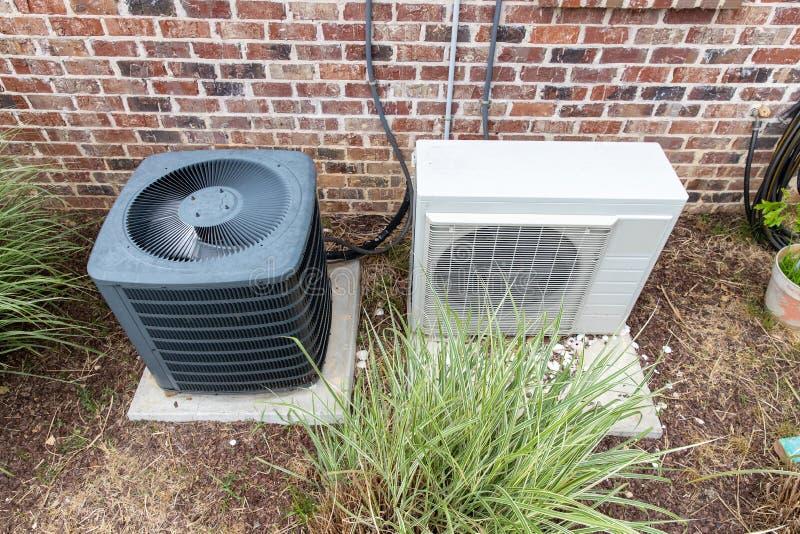 HVAC Wietrzy Conditioner kompresor i Rozszczepiającego system wpólnie zdjęcie royalty free