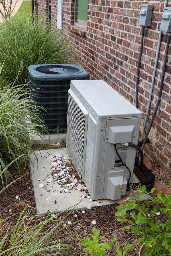 HVAC Wietrzy Conditioner kompresor i Rozszczepiającego system wpólnie obrazy stock