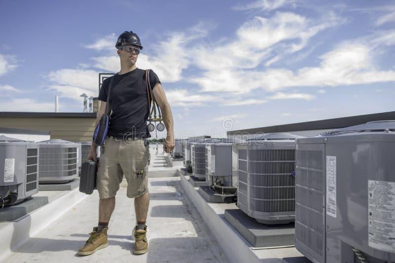 Hvactechnologie bewtween Condensatoren stock foto's
