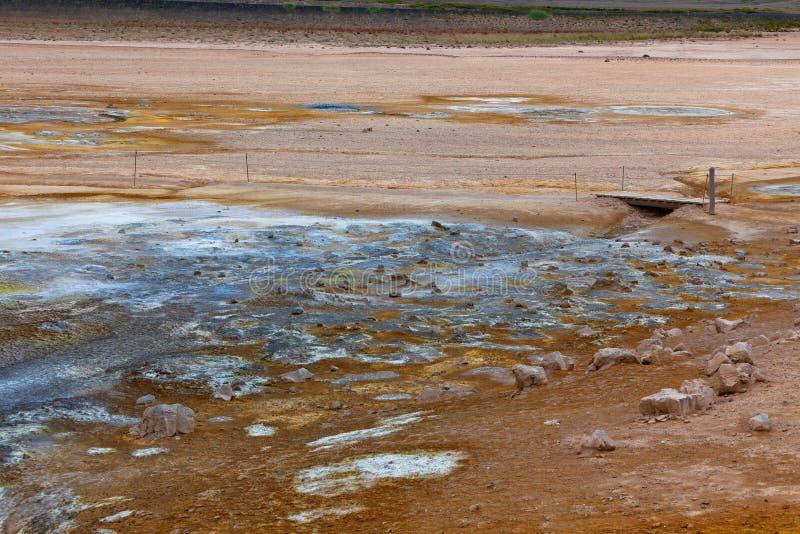 Hverir Geothermisch Gebied, IJsland stock foto's
