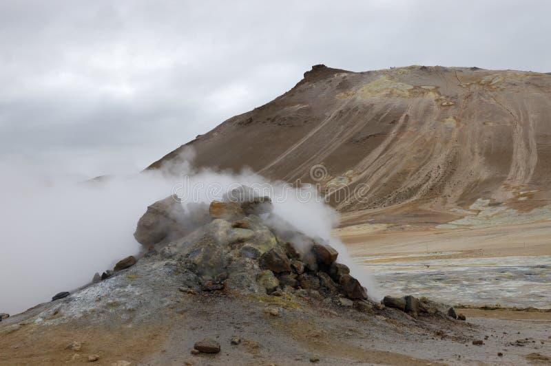 Hverir geothermische Site, Island lizenzfreie stockbilder
