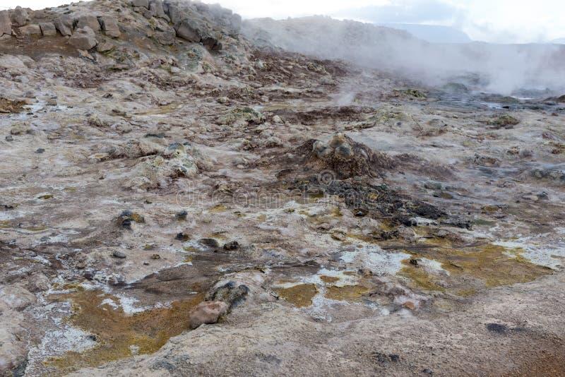 Hverir, rocas y paisaje del azufre foto de archivo libre de regalías