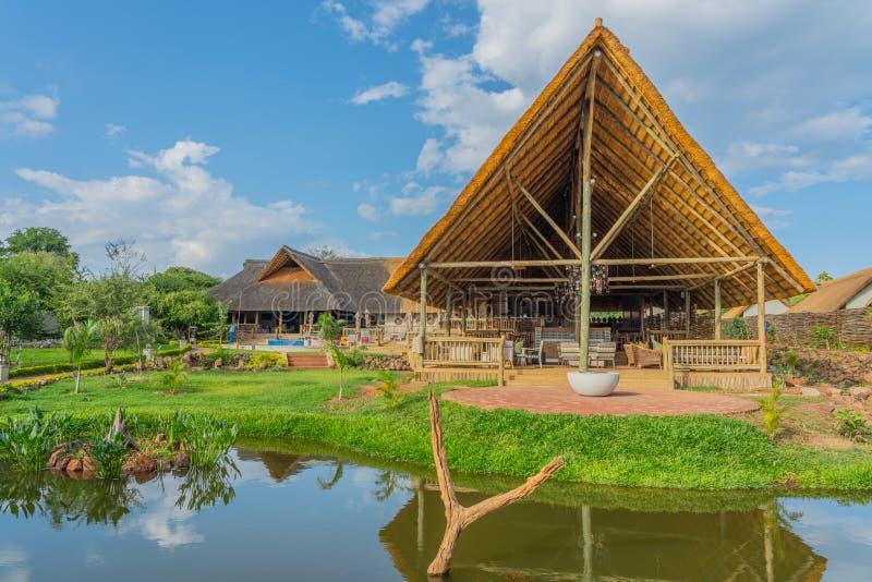 Botswana Safari - Review | Carrier