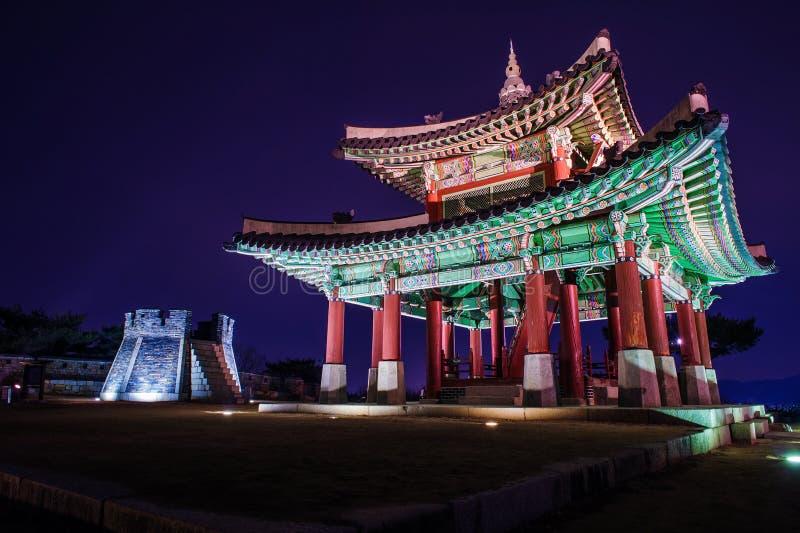 Hwaseong-Festung in Suwon lizenzfreie stockfotos