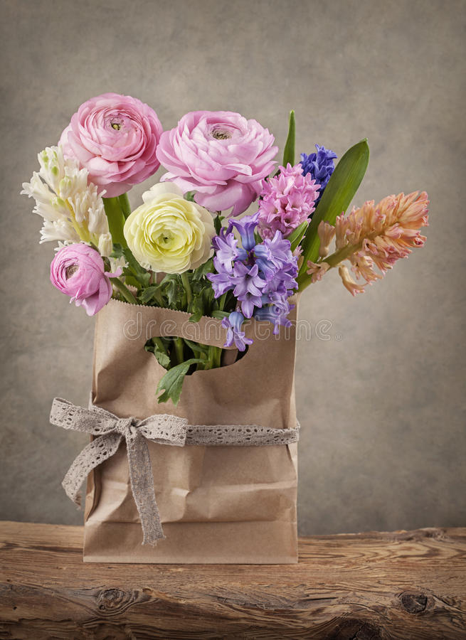 Free Hyacinths And Ranunculus Flowers Royalty Free Stock Image - 41834316