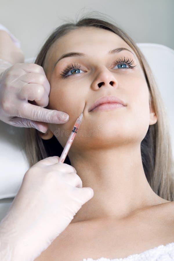 hyaluronic injektion för syra BOTOX® royaltyfri fotografi