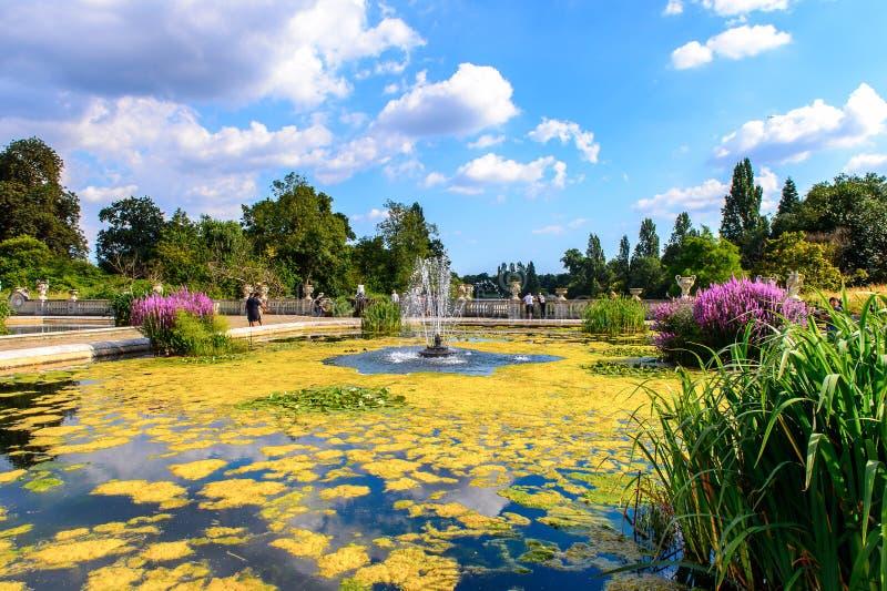 Hyde Park, één van de grootste parken in Londen stock afbeeldingen