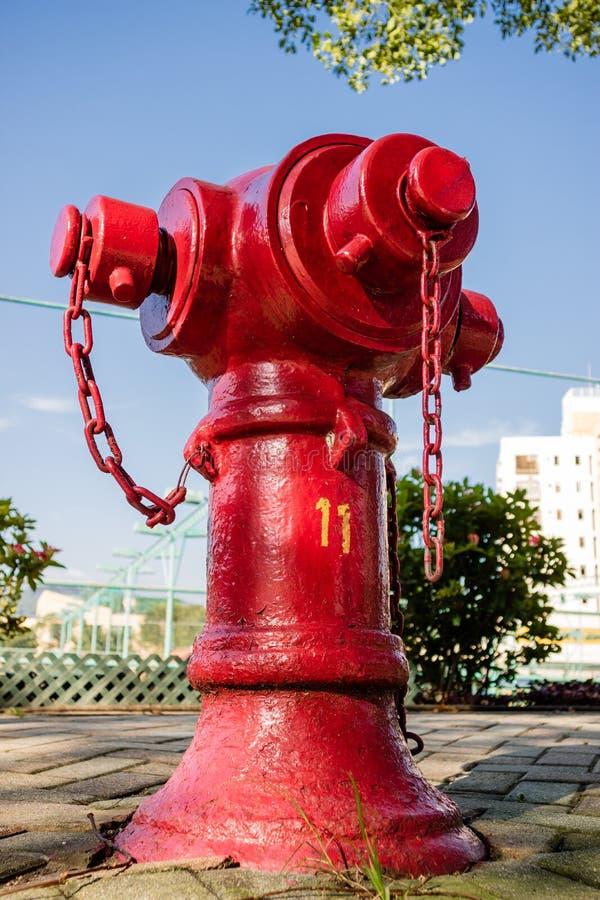 Hydrant in der Straße lizenzfreies stockfoto