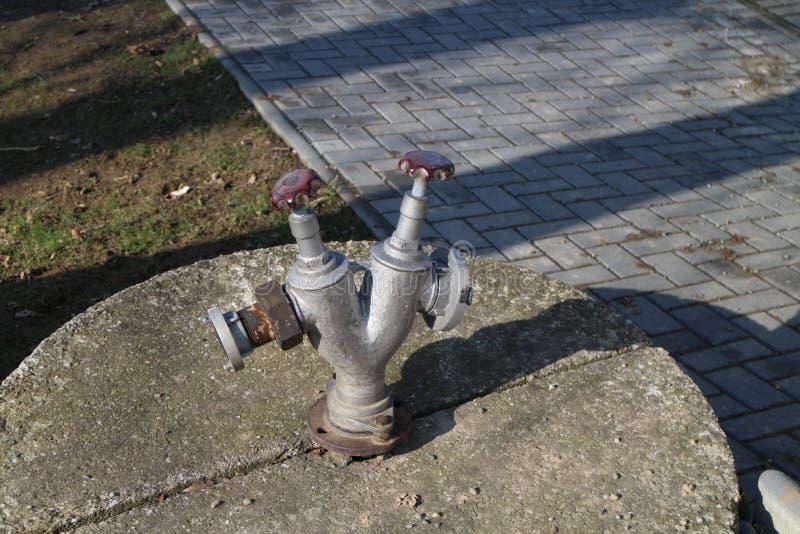 Hydrant in KobeÅ™ice lizenzfreie stockbilder