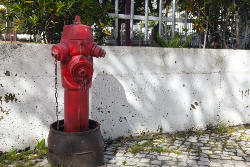 Hydrant in Lissabon Portugal lizenzfreies stockfoto