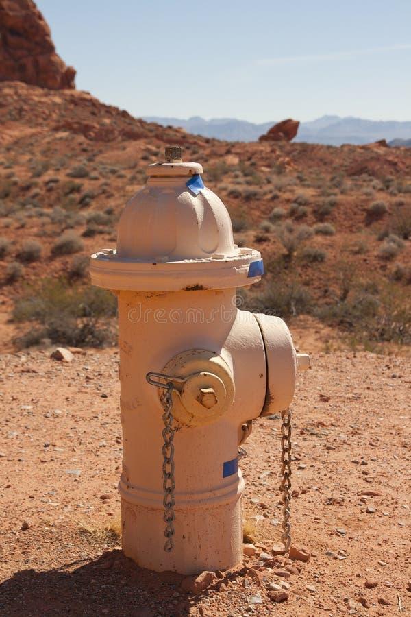 Hydrant in Nevada-Wüste stockfoto
