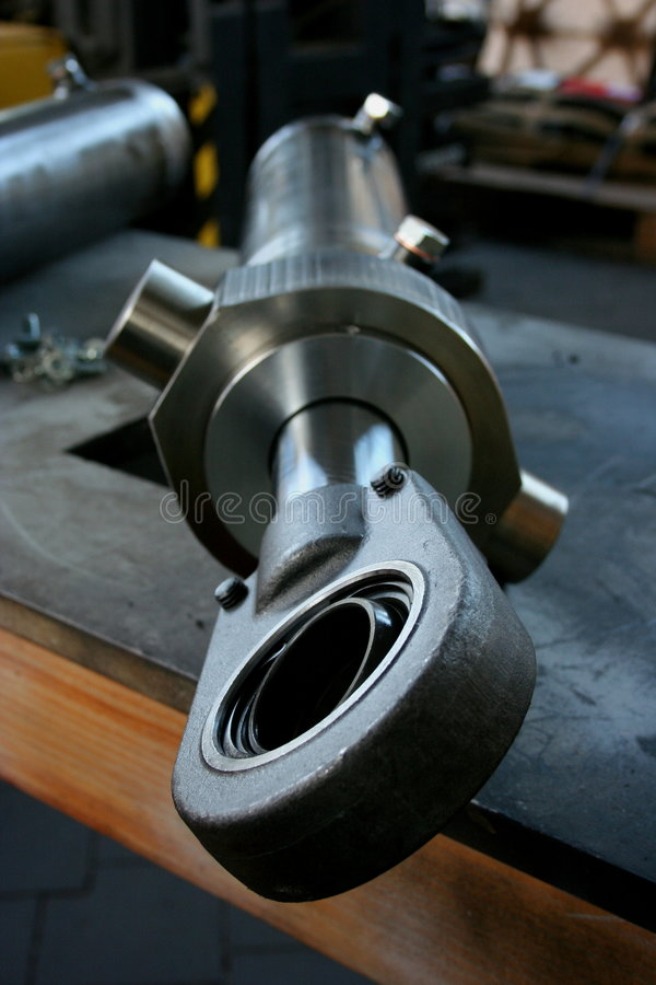 Download Hydraulic Cylindres Royalty Free Stock Photo - Image: 1402365