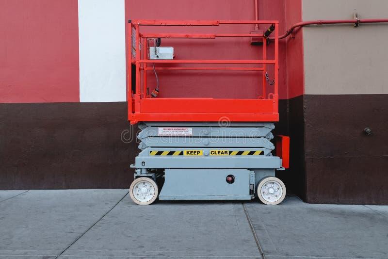 Hydrauliczna Nożycowa platforma obrazy stock
