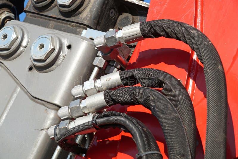 Hydraulische verbindingenslangen van een machines industrieel detail, royalty-vrije stock foto's