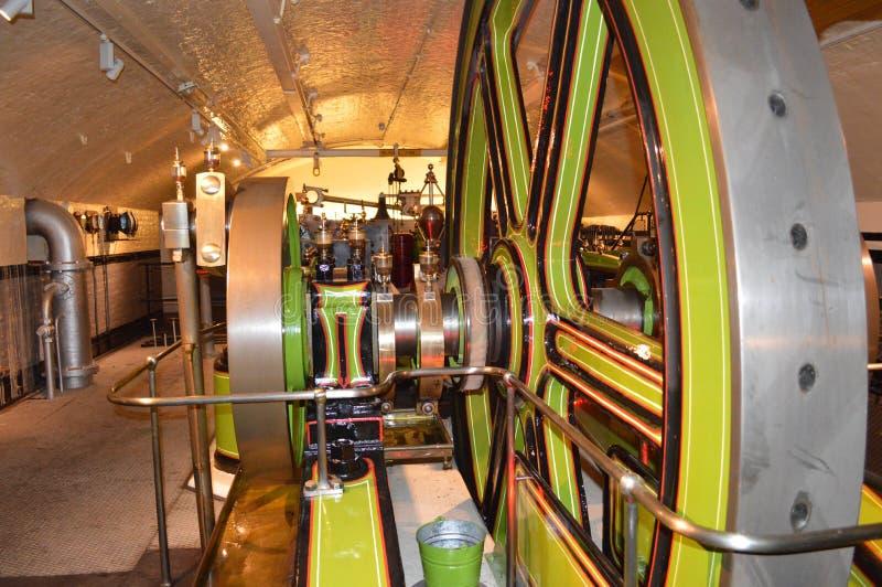 Hydrauliskt maskinrum royaltyfria foton