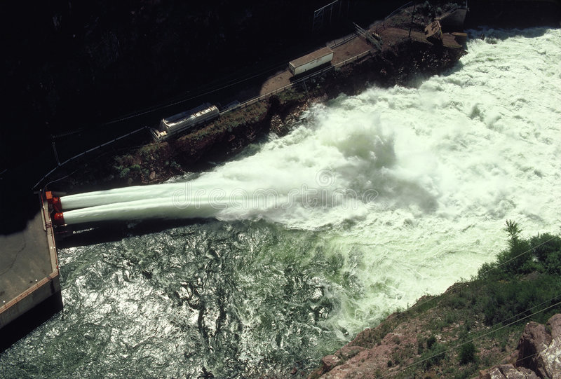 Download Hydro-electric Dam Spillway Stock Photo - Image: 39308
