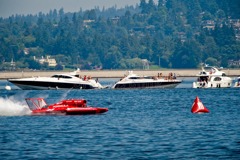 Download Hydro Races Seafair Seattle Editorial Photography - Image of pits, unlimited: 5994497