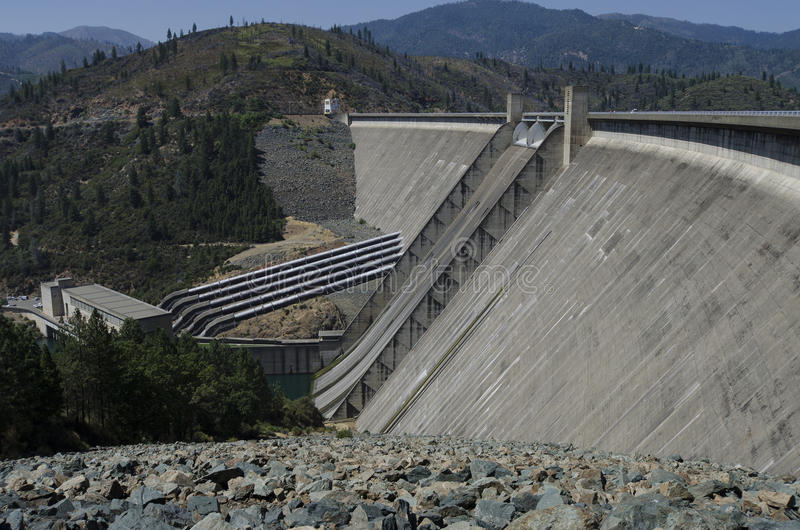 Download Hydroelectric Dam And Powerhouse, USA Stock Image - Image: 26225763