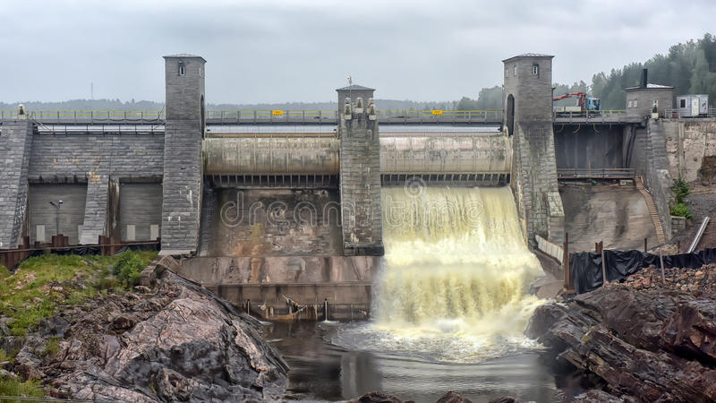 Download Hydroelektrisk Imatraströmstation Fotografering för Bildbyråer - Bild av fördämning, landmark: 76701399
