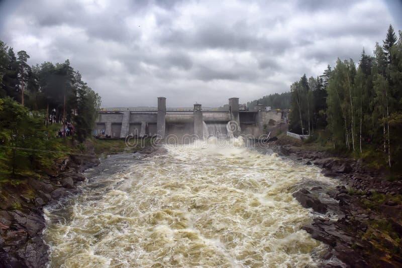 Download Hydroelektrisk Imatraströmstation Fotografering för Bildbyråer - Bild av hydroelektriskt, liggande: 76701935