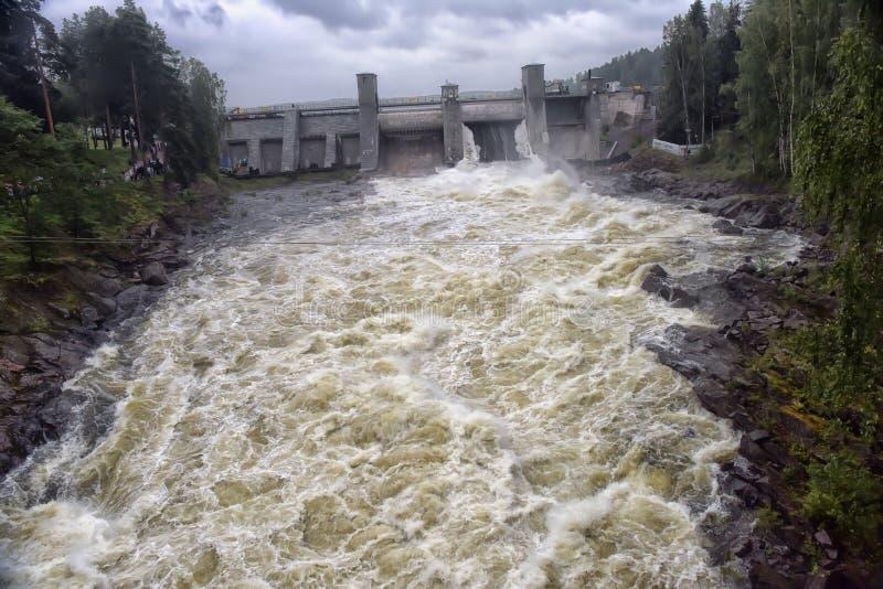 Download Hydroelektrisk Imatraströmstation Fotografering för Bildbyråer - Bild av sten, elektricitet: 76702143