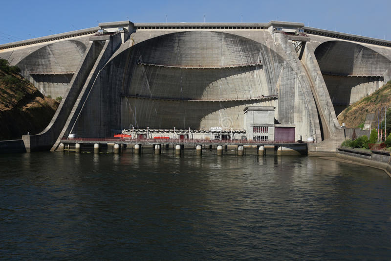 Hydroelektryczna tama obraz stock