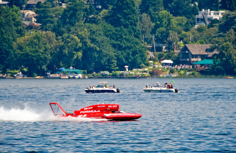 Download Hydroplane Racing On Lake Editorial Photo - Image: 5994386