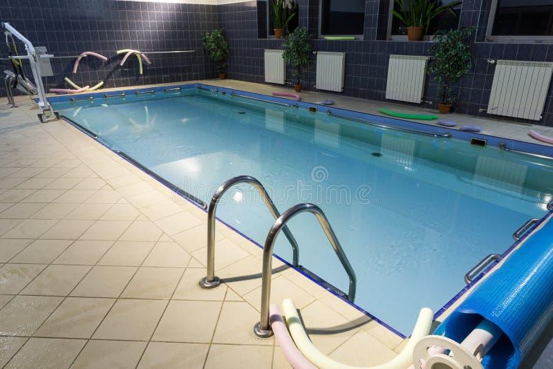 Hydroterapia basen przy centrum rehabilitacji dla niepełnosprawnego w Wisla, fotografia royalty free