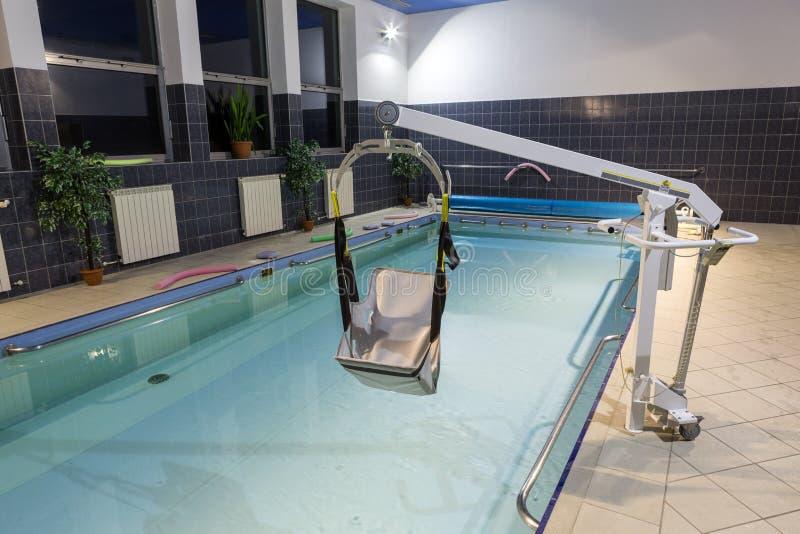 Hydroterapia basen przy centrum rehabilitacji dla niepełnosprawnego w Wisla zdjęcia stock